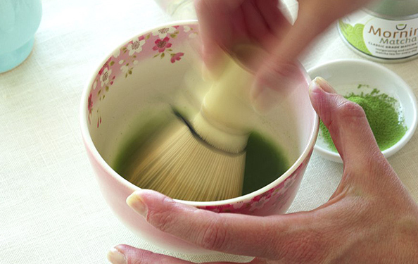How to Prepare Matcha Powdered Green Tea