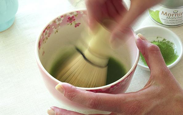 How to Prepare Matcha Powdered Green Tea